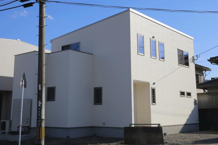 『共働き夫婦応援住宅』宅配ボックスのある家 宅配便を待たない住宅 大分市田尻 坂井建設