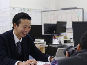 西日本新聞に弊社の福利厚生【奨学金肩代わり制度】が取り上げられました。