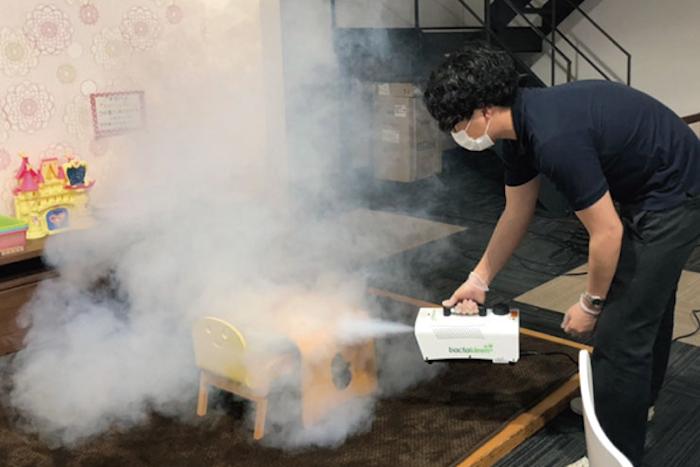 除菌作業|除菌工房 大分(SAKAI株式会社)|工務店のプレスリリース