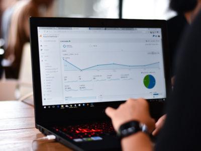 Google Analytics セッション数と訪問数の違い